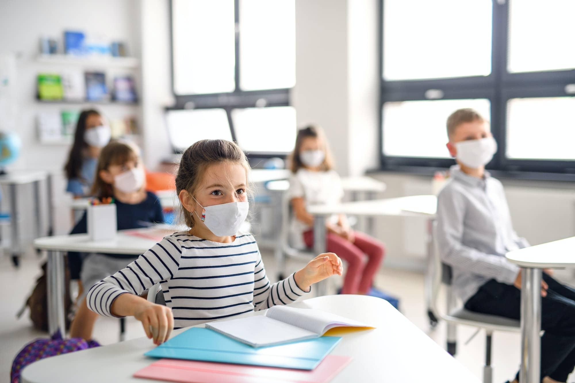 Ilyen járványügyi protokoll mellett indul a tanév
